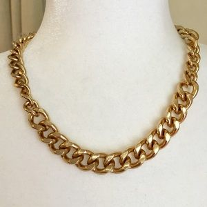 '90s Chunky Gold Tone Chain Link Necklace